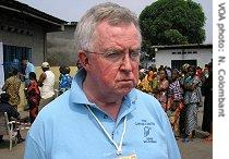 Carter Center delegation leader Joe Clark