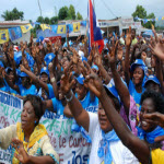 Joseph Kabila supporters during a camgaign stop in Mbuji Mayi, Kasai-Oriental Province