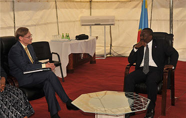 President Joseph Kabila with World Bank President Robert Zoellick in Goma