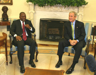U.S. President George Bush and Congolese President Joseph Kabila met at the White House Friday to talk about economic development and efforts to re-establish security in eastern Congo. VOA White House Correspondent Scott Stearns has the story.