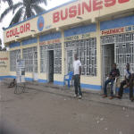 Couloir Business 1 rue Akuta Q/2 commune de N'Djili